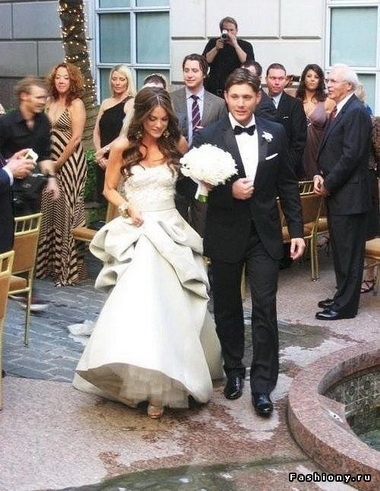 Дженсен Эклз и его жена